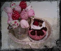 Cupcake em feltro - enfeite cozinha