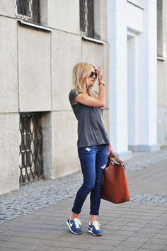 5 Tips For Wearing Sneakers with Jeans at www.StyleBlueprint.com