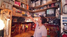 GIZMODO - The Wildly Functional Studio of Video Wizard Casey Neistat, Part 1