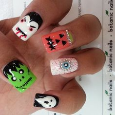 scary nails for the Halloween...