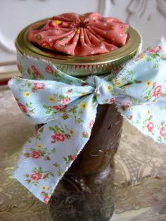 The Beehive Cottage: Homemade Sugar Scrub!