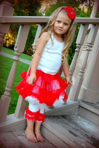 Great price on pettiskirts, lacey leggings