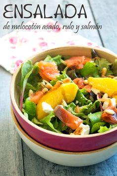 KOOKING: Ensalada de melocotón asado, rulo y salmón