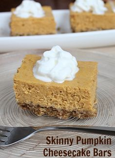 Skinny Pumpkin Cheesecake Bars... they will never guess