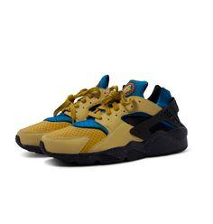 fa5c5628fedd Nike Air Huarache