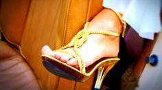 Vos Chaussures vous Font Mal aux Pieds ? Mon Astuce pour les Élargir.