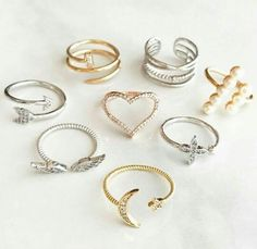 Hand Jewelry, Jewelry Rings, Jewelry Accessories, Jewelry Design, Cute Rings, Pretty Rings, Beautiful Rings, Friend Jewelry, Friend Necklaces