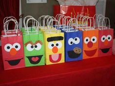 Sesame Street party - so cute! Too bad Beckam isn't as into Sesame Street as Peyten. Party Favors For Kids Birthday, First Birthday Parties, Boy Birthday, First Birthdays, Birthday Cupcakes, Birthday Ideas For Kids, Elmo Party Favors, Elmo Cupcakes, Elmo Cake