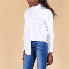 """""""When all else fails go with a white button down."""" #EliseBallegeer #WearVert"""