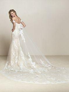 Robe de mariée manches courtes et dentelle