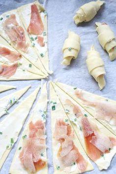 petits croissants roquefort - jambon de Bayonne - poire