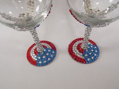 Rhinestone Wine Glass American Flag Red White Blue Perfect for of July parties ~ Wine Glass Crafts, Wine Craft, Bottle Crafts, 4th Of July Celebration, 4th Of July Party, Fourth Of July, Diy Wine Glasses, Painted Wine Glasses, July Crafts