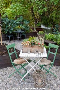 Luxury Garden Furniture Ideas To Enjoy Your Spring Backyard - Modern Design Garden Living, Garden Cottage, Outdoor Rooms, Outdoor Gardens, Outdoor Decor, Outdoor Living, Luxury Garden Furniture, Interior Exterior, Garden Styles