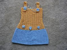 Wires & Yarns: Siena Dress - depending on the colors and maybe changing up the stitch and the color this would make a good base dress for a disney princess dress