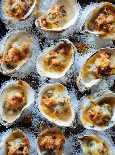 Oysters baked with chorizo - Brigitte Jolicoeur - sRaclette - . Seafood Recipes, Wine Recipes, Appetizer Recipes, Cooking Recipes, Clam Recipes, Chorizo, Oyster Bake, Tapas, Recipes