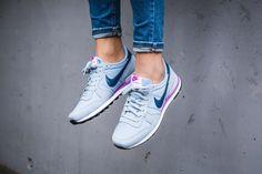 Nike - WMNS Internationalist (hellblau / lila) - 828407-405