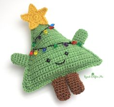 Meet the cutest most cuddly crochet Christmas tree you will ever see! A fun piece to add to your holiday decor or give it as a gift to your kids or grandkids. Inspired by my Cuddly Crochet Candy Corn and suggested by RCM follower Traci Gordon (thanks Traci!) For a detailed tutorial on how to attached the pieces, see my …