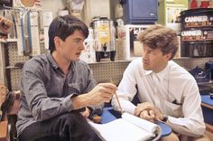 Kyle MacLachlan, left, and director David Lynch discuss a scene on the set during production of Blue Velvet, 1986.