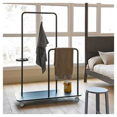 The Punt Platel Clothes Stand is a functional and versatile suit valet that makes a better use of space and provides a hint of design to any room. Contemporary Furniture, Cool Furniture, Furniture Design, Style Nomade, Clothes Stand, Clothes Hanger, Otaku Room, Stylish Bedroom, Chair Design