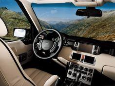 The Interior of a 2006 Land Rover Range Rover