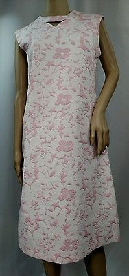 Mod/ GoGo 60s Vintage Pink & White Floral Print Dress By Bleeker Street