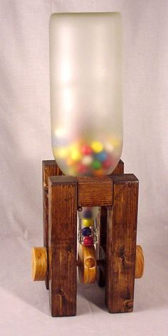 Hand Made BubbleGum Machine Wood Crafts, Diy And Crafts, Crafts For Kids, Candy Dispenser, Gumball Machine, Kids Wood, Wood Plans, Woodworking Projects Plans, Wood Toys