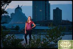 nighttime & evening dramatic senior portraits | downtown milwaukee | art museum | lakefront | Greenfield High School | Reminisce Studio by Miranda & Adam