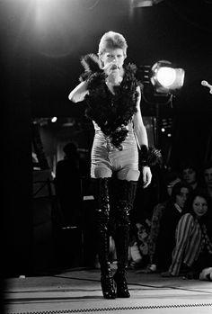"""glamidols: """"David Bowie """""""