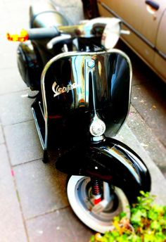 "The Vespa is a line of scooters patented on April 1946 by the company Piaggio & Co, S. The name Vespa, which means ""wasp"" in Italian, was chosen by Enrico Piaggio. Vespa Bike, Lambretta Scooter, Scooter Motorcycle, Vespa Scooters, Honda Shadow, Foto Vespa, Italian Scooter, Motor Scooters, Vintage Motorcycles"