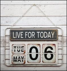 Extra Large Vintage Style Metal Live For Today Wall Hanging Calendar Rustic Perpetual