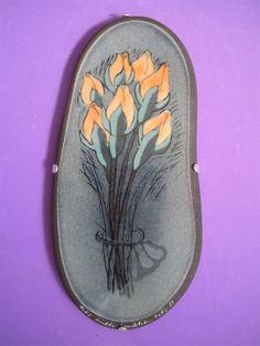 "Arabia Finland Heljä Liukko Sundström Atelje 9 1 2""L Wall Deco Tulips 1981 | eBay Pottery Vase, Finland, Tulips, Vases, Alice, Porcelain, Ceramics, Deco, Wall"