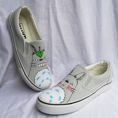 My Neighbor Totoro Fashion Sneakers – Top Notch Products  Do you love Totoro?  ★ 50% OFF ★ and FREE SHIPPING for a Limited Time Only!  Get yours here ➩➩ http://mytopnotchproducts.com/products/my-neighbor-totoro-fashion-sneakers  #MyNeighborTotoro #Totoro