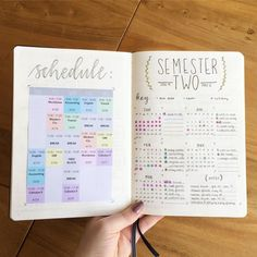 25 Creative School Bullet Journal Layouts {to help you stay on top of your study game!} These school Bullet Journal layouts will help you stay on track this semester! So many genius ideas even if you're brand new to using a BuJo! Bullet Journal Lettering, Bullet Journal Vidéo, Bullet Journal Ideas Pages, Bullet Journal Spread, Bullet Journal Layout, Journal Pages, Bullet Journal For School, Bullet Journal Ideas For Students, Bullet Journal Timetable