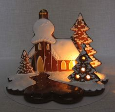 kostelík - fotoalba uživatelů - Dáma.cz Gingerbread house Christmas Lights, Christmas Time, Christmas Decorations, Holiday Baking, Holiday Fun, Christmas Treats, Christmas Cookies, Gingerbread House Designs, Gingerbread Houses