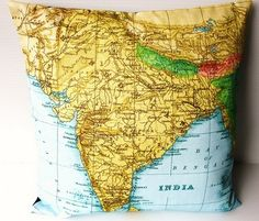 almofada com mapa