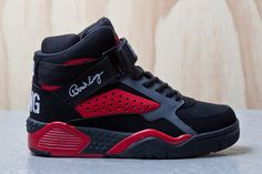 Ewing Athletics 33 Hi's: Black/Red Red Sneakers, Classic Sneakers, Sneakers Fashion, Fashion Shoes, Sneakers Nike, Nike Air Force Black, Nike Shoes Air Force, 90s Basketball Shoes, Ewing Shoes