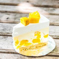 Leichte Low Carb Mango-Joghurt-Sahne-Torte