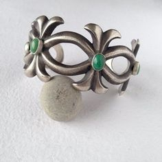Robert Chee cuff bracelet Silver Bead Necklace, Silver Drop Earrings, Silver Bangles, Sterling Silver Earrings Studs, Vintage Jewellery, Vintage Earrings, Turquoise Pendant, Contemporary Jewellery, Bohemian
