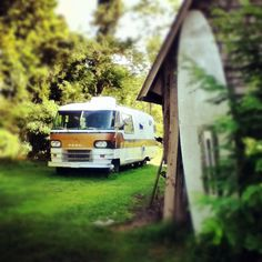 Awesome RV #camper #retro #RV