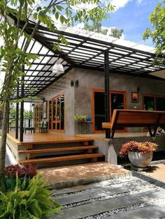Guest House Hausdesign tropisch outdoor beste Ideen Antiques & Collectibles - where to fin Modern Tropical House, Tropical House Design, Tropical Houses, Rest House, House In The Woods, Style At Home, Garden Architecture, Architecture Design, Wood House Design