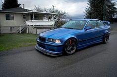 Squat, Bmw E36 Drift, E36 Coupe, Vintage Porsche, Vintage Cars, Bentley Car, Bmw Classic Cars, Tuner Cars, Bmw 3 Series