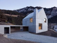 The Trin Cabin By Schneller Caminada Architects