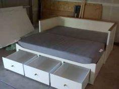 Ikea Hemnes Daybed, Hemnes Day Bed, Daybed Room, Daybed Mattress, Bedroom Design 2017, Bed Shelves, Guest Bed, Apartment Interior Design, New Room