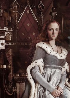 Queen Sansa, Queen of the North Someone's beaten me to it. That's a White Queen promo shot they photoshopped there.