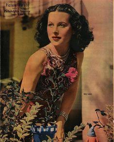 Hedy Lamarr, Hollywood Icons, Wonder Woman, Actors, Superhero, Film, Beauty, Vintage, Color
