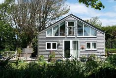 Handpicked by Classic Cottages, The Summer House Is a superbly equipped 1 bedroom, rural cottage with hot tub and sea views in Perranporth. Linen And towels are provided. Places To Visit Uk, Tub, Shed, Outdoor Structures, Classic, Holiday, Summer, House, Cottages
