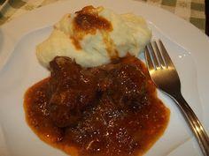 Κουζινοπαγίδα της Bana Barbi: Αγριογούρουνο κρασάτο µε µέλι και πορτοκάλι Mashed Potatoes, Good Food, Beef, Cooking, Ethnic Recipes, Christmas Ideas, Whipped Potatoes, Meat, Kitchen