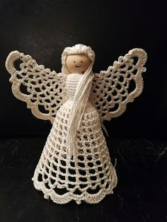 CrocheDIYle - hækleideer: Engel nr. 1 All Things Christmas, Christmas Diy, Christmas Decorations, Christmas Ornaments, Holiday Decor, Crochet Angels, Crochet Accessories, Disney Characters, Fictional Characters