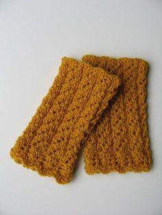 estonian lace wrist warmers