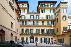 3 star Hotels in Florence Italy Hotels In Florence Italy, Florence Tours, Sound Proofing, Free Wifi, Tour Guide, Flat Screen, Rooms, Tv, Quartos